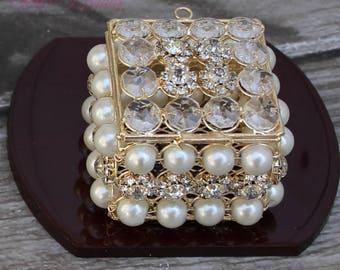 NEW!! Gold Wedding Arras with Pearls, Wedding Ring Box, Unity Coins, Treasurer Chest Wedding Arras, Silver Wedding Arras, Wedding Gift