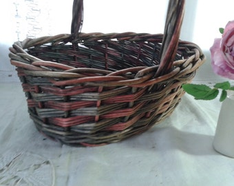 25% Off ~ Wicker Basket - traditional french vintage shopping basket, picnic hamper basket to fill with food and wine,