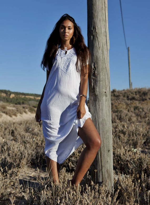White Resort Caftan Fez-Kaftan, Caftan, resortwear,beach coverup,loungewear, maxi dresses, birthdays, honeymoon, maternity gifts