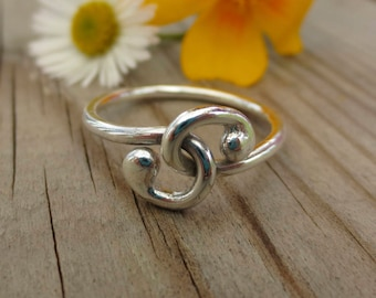 Sterling Silver Entwined Spiral Ring, silver ring, statement ring, spiral ring, swirl, gift, promise ring, right hand ring, unique ring