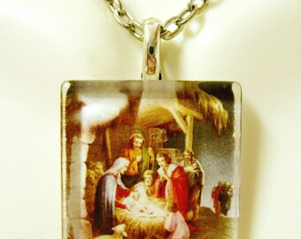 The Nativity pendant with chain - GP02-057
