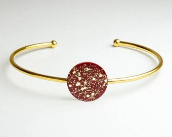 Bangle with a red and polka dot