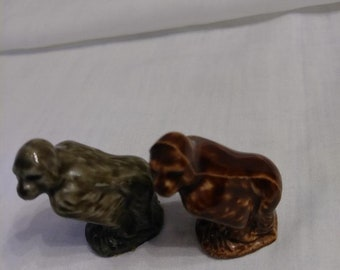 Wade Whimsies (one gray and one brown) gorilla, American Series #2 (Red Rose Tea)