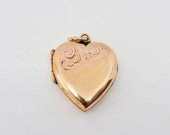 Vintage 9ct Rose Gold Engraved Heart Locket. Circa 1930's