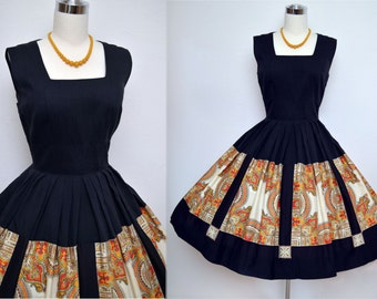 Vintage 50s Dress // 1950s Cotton Summer Dress // Black and Fanciful Print Cotton Dress