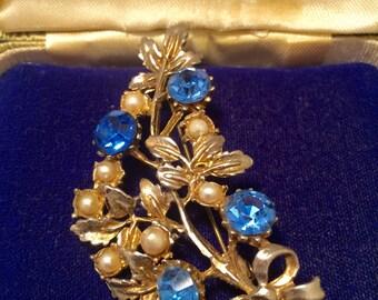 Rhinestone Brooch, Seed Pearl Brooch, Blue Brooch, Vintage Floral Brooch, Vintage Pin, Vintage Jewelry, Vintage Jewellery, Old Brooch, Pin