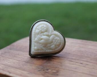Vintage Heart Shaped Love Bird Flower Ring Carved Design Cream Color