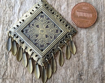 1 pc Fringe Pendant, Antique Brass Pendant, Bohemian Pendant, Exotic Jewelry, Jewelry Making, DIY, Craft Supplies, Jewelry Supplies