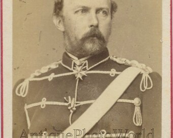 Prince Friedrich Karl of Prussia in military uniform with medal antique CDV phot