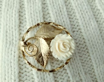 Broche Vintage Rose or rempli et signé K.L. 12k GF des années 1950