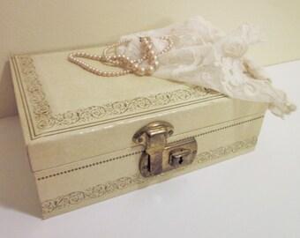 Mele Jewelry Box, Beige, Vintage, Mid Century, Retro