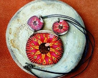 Red eyes pendant - Avant garde pendant -Woodburned wooden pendant - Pyrography jewelry -Boho style