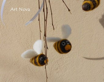 Felted little bees , Little bees mobile , Baby mobile kit , Baby mobile , Waldorf mobile , Baby crib mobile , Nursery mobile , Crib mobile
