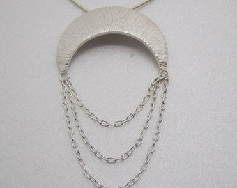 Handmade necklace in fine and sterling silver