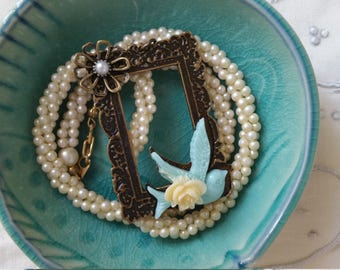 Pearl necklace picture frame charm small pearls dove with flower vintage necklace date night jewelry prom jewelry wedding necklace for bride