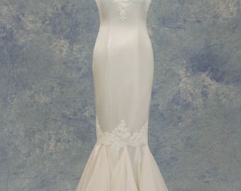 White Lace Sexy Wedding Dress Mermaid Cap Sleeve SAMPLE SALE!