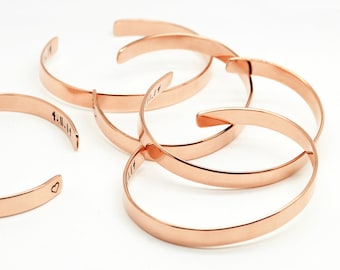 Bridesmaids Set Narrow Copper Cuffs - Rose Gold Color - Personalized Bridal Accessories - Wedding Keepsakes - Maid of Honor Mother of Bride