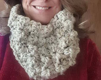 Thick & Chunky Cowl