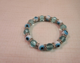 White and Turquoise Glass evil eye bracelet