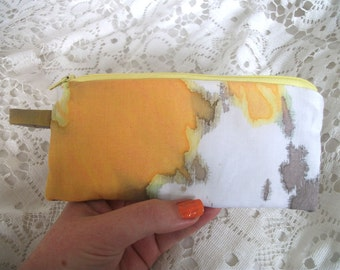 Small zipper pouch, in yellow and grey