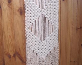Macrame wall hanging Simple macrame Wall art Wall decor Textile hanging Modern macrame Weaving Woven wall hanging Boho Bohemian wall decor