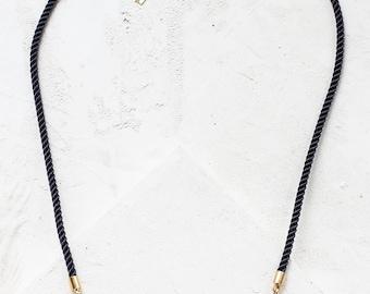 Léonore, collier FORMICA®, Collier Collier, collier géométrique, Signature