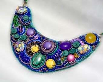 "Seed bead necklace ""Plethora"""