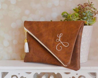 Brown bridesmaid clutch - fold over clutch - personalized leather handbag - brown monogram clutch - zipper clutch - christmas gift for her