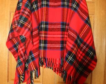 Poncho Vintage Faribo Red Plaid Tartan Poncho  Red Plaid Stadium Blanket Throw Faribault Woolen Mill, Faribault