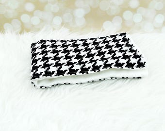 Baby Burp Cloth (Black Houndstooth) ||| burp rag, baby burp cloths, burping rag, baby shower gift, baby gift, new baby gift