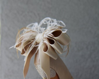 Bridal Party Wedding Ivory And Nude Satin Ribbon Bow And Feather Shoe Clips Set Of Two