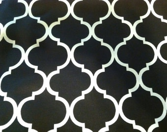 Quatrefoil fabric in black