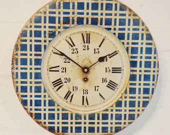 252 - French chequered tin clock