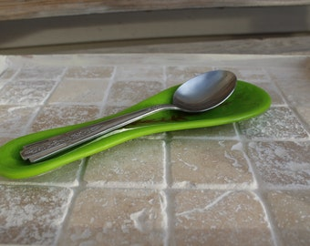 Spoon rest, fused glass, fused glass spoon rest, green spoon rest, green fused glass spoon rest, kitchen spoon rest, glass spoon rest