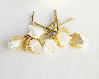 Silk Rose Hair Pins, Cream Bridal Pins, Rose Buds Hair Pins, Small Hair Clips, Wedding Bobby Pins, Bridesmaid Hair Pins, Bridal Bobby Pins