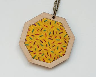 "embroidery necklace ""sprinkles II"""