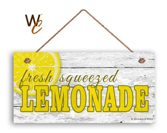"""Fresh Squeezed Lemonade Sign, Summer Sign,  Rustic White Wood,  5"""" x 10"""" Sign, Party Table Sign, Lemon Slice, Signs by Woodland Crew"""