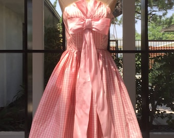 Bubblegum Pink Gingham Silk and Cotton Strapless Party Semi Formal Dress Straight From the mid 50's XS