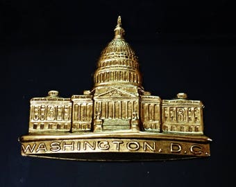 1 pcs VINTAGE Rare Brass stamping Capitol Building Washington D.C. Jewelry Findings /M2