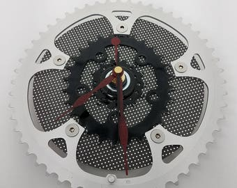 Recycled Bicycle Gear Wall Clock, Bicycle Gifts, Bike Gear Clock, Gifts for Cyclists, Bicycle Gift for Him, Wall Clocks, Gifts for Her