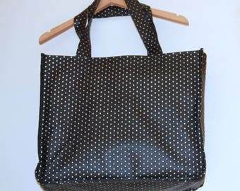 large black and silver bag chic
