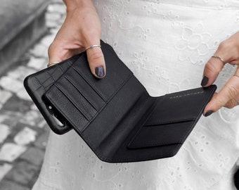 Luxury black vegetable tanned leather passport holder