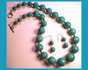 TURQUOISE BEADED NECKLACE & Matching Earring Set – Large Graduated Strand Of Round Beads – Made In Maine