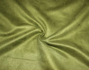 Green faux suede, 100% polyester 50 cm x 150 cm