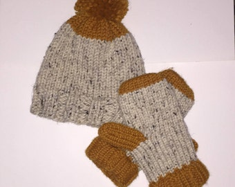 Knit Hat with pom pom and Mittens Set!