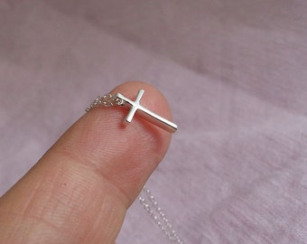 Cross Necklace, Sterling Silver Cross Necklace, Tiny Cross Pendant, Silver Small Cross Charm, Dainty Delicate Everyday Minimalist