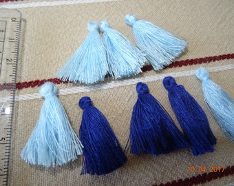 Mini set of 8 blue tassel