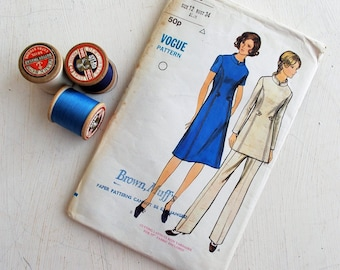 """True vintage UNUSED 1960s/70s VOGUE dressmaking pattern~Size 34"""" bust~Dress/Tunic & pants~Create your own vintage outfit!"""