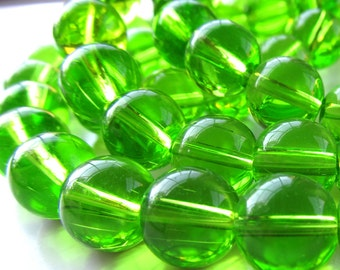 Glass Beads 12mm Lime Green Glass Smooth Round Balls - 8 Pieces