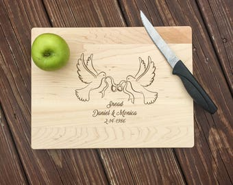 Dove, Doves, Cutting Boards, Wood Cutting Boards, 5th Anniversary Gift, Anniversary Gifts, Wedding Gift, Anniversary Gift for Parents, Wood